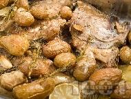 Печен калкан с картофи и сметана на фурна